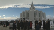 Crowd gathers at new Mormon temple