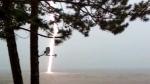 MyNews: Lightning bolt caught on camera
