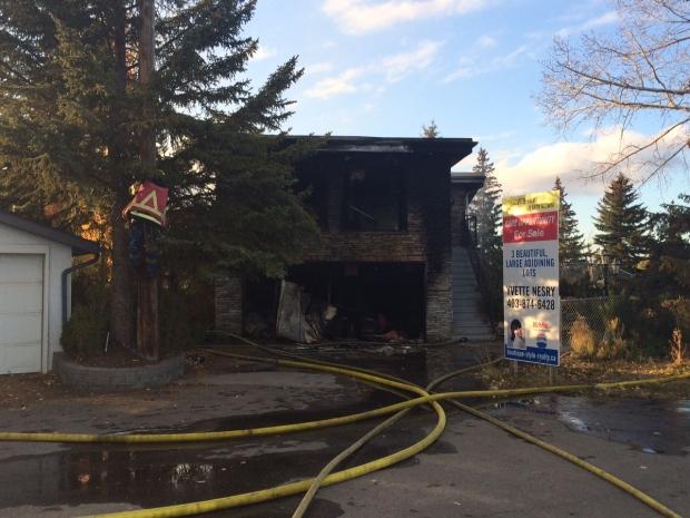 Fire crews battle house fire in Southwest Calgary | CTV ...