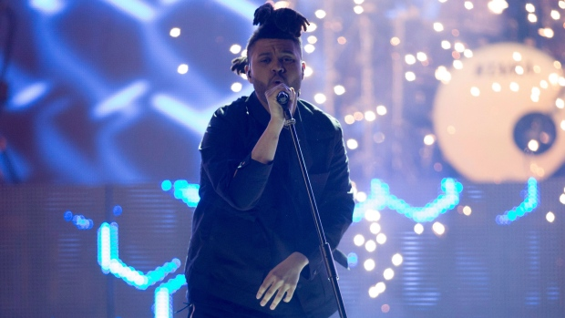 The Weeknd performs at the Juno Awards in Calgary, Sunday, April 3, 2016 (Jeff McIntosh / THE CANADIAN PRESS).