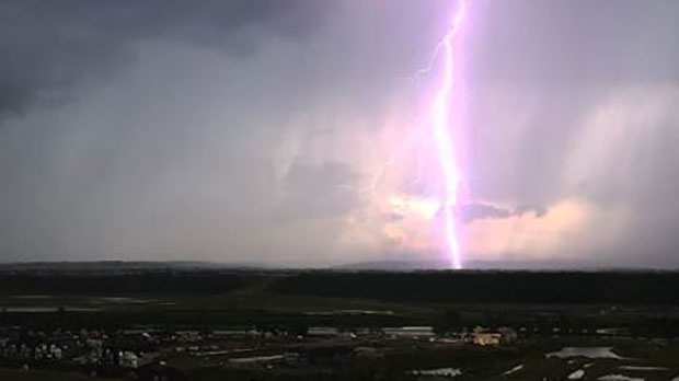 Lighting lights up the sky over Calgary. (MyNews Photo: Kenzie Vollrath – Calgary)