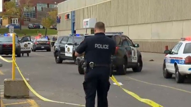 Officer injured in incident at Calgary mall