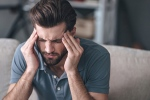 New research from Finland suggests a lack of vitamin D increase the risk of chronic headaches in men. (© g-stockstudio / Istock.com)