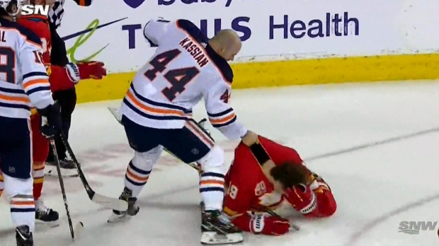 Kassian, Tkachuk, fight, check, Oilers, Flames