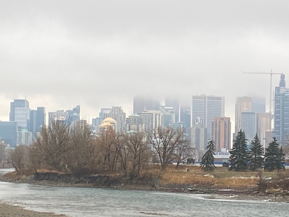 Calgary, downtown, Bow River, Mervyn