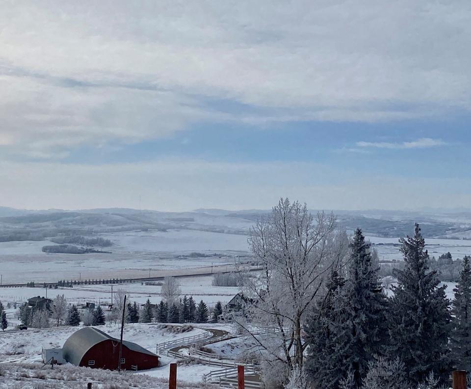 Jovette, foothills, Alberta