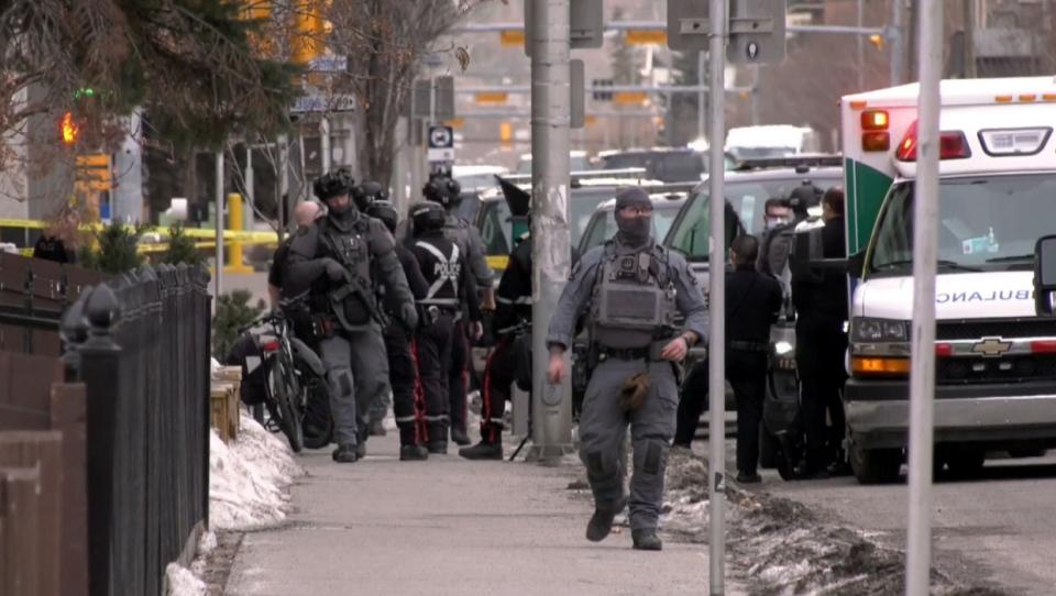 calgary, police, police shooting, asirt, alberta