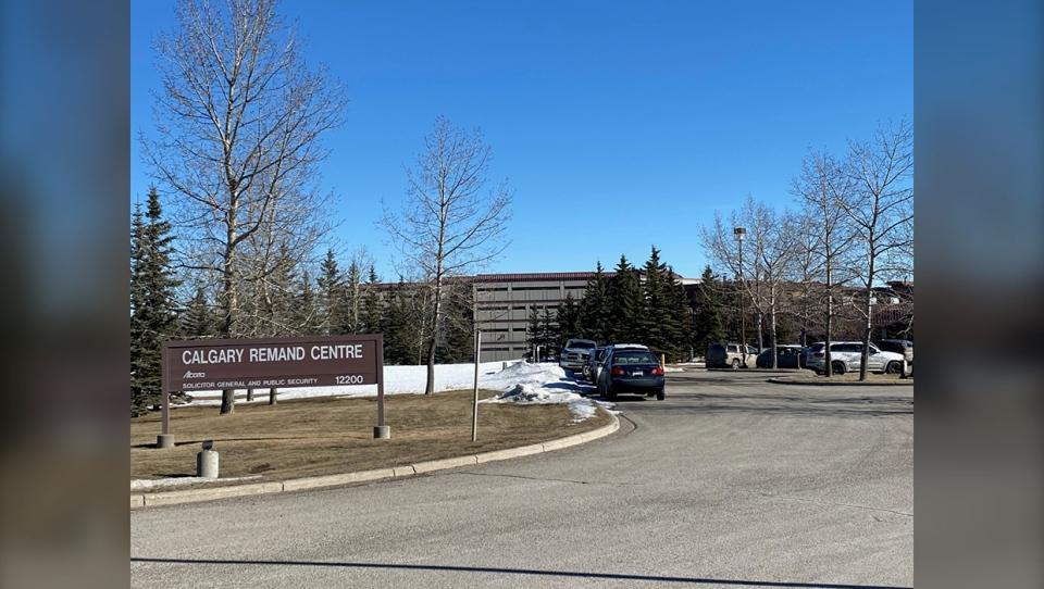 Calgary, Remand, Centre, COVID-19