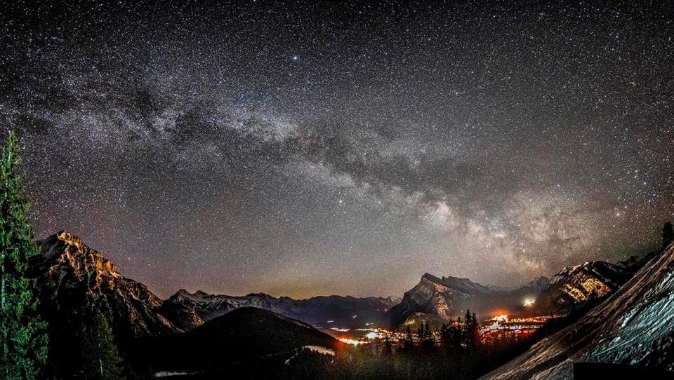 Milky Way, Banff, Norquay, Tony,
