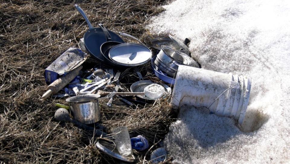 calgary, dumping, trash, garbage, illegal, northea