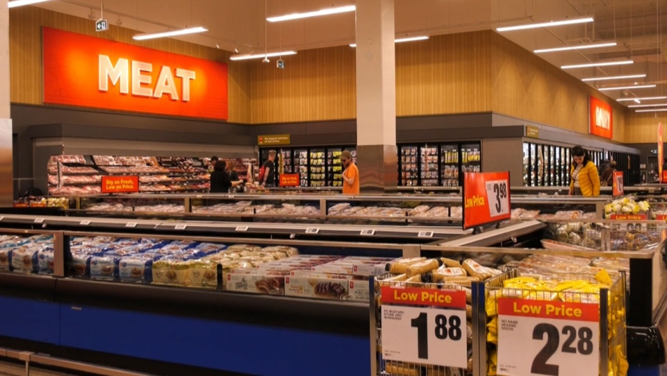 calgary, superstore, loblaw, protest, anti-mask
