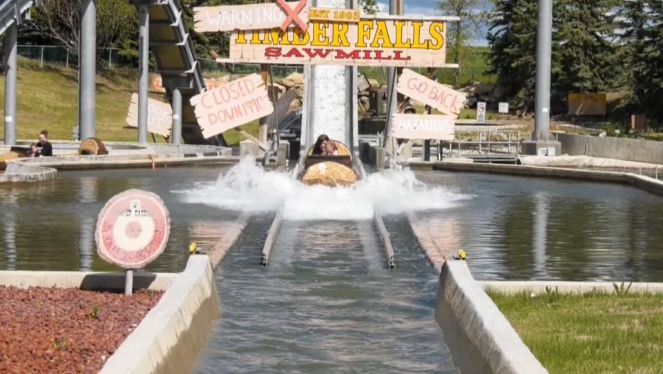 calgary, calaway park, amusement, rides, summer