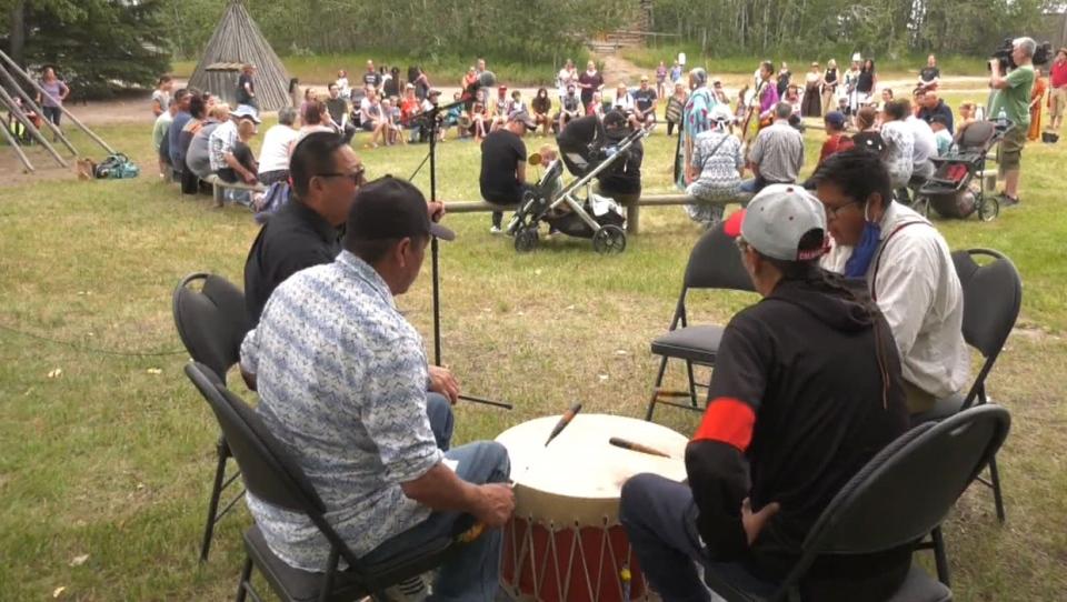 calgary, heritage day, heritage park, blackfoot, i