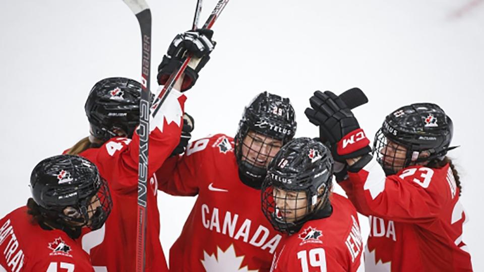 poulin, canada, hockey, worlds